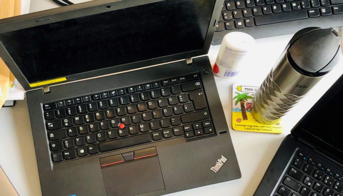 Schreibtisch_Holowaty (2)